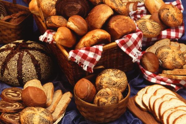 Dumm wie Brot – Ngu như bánh mì!